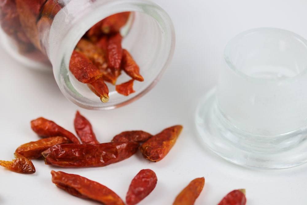 Peperoni/Chili im Ofen bei geringer Hitze trocknen
