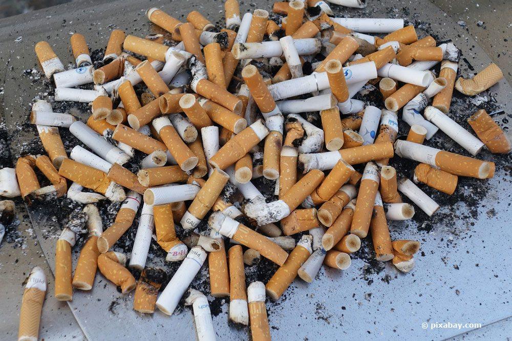 Zigaretten-Reste