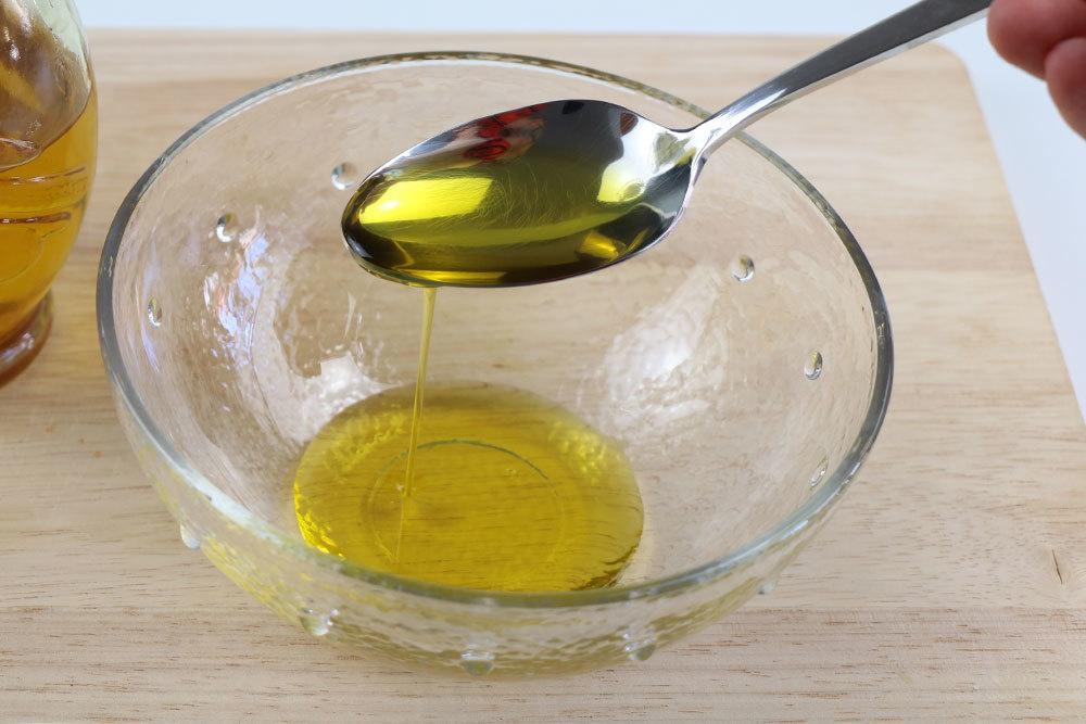 Öl als Hausmittel