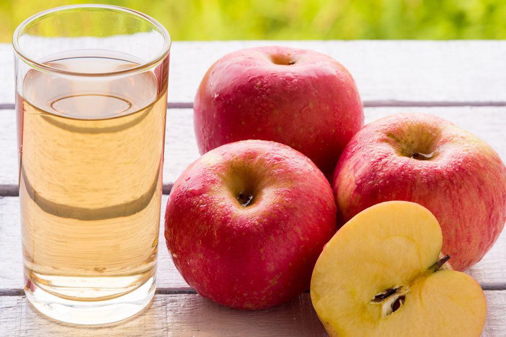 Apfelsaft aus reifen Früchten