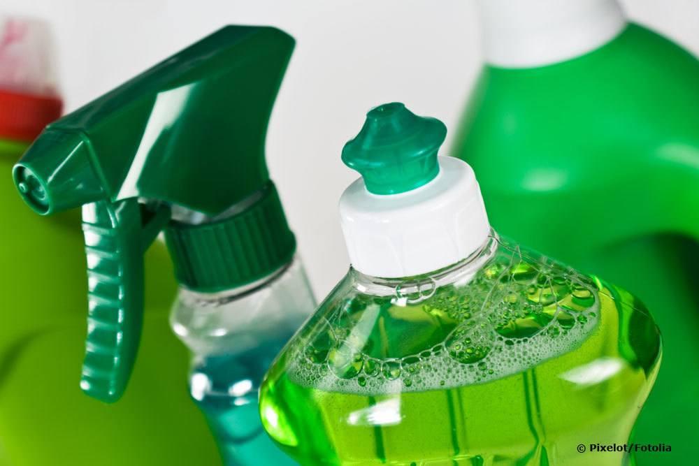 Seifenlauge dient als Hausmittel gegen Schädlinge