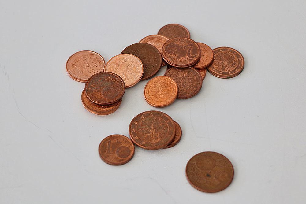 Kupfermünzen zum Unterbrechen der Ameisenstraße