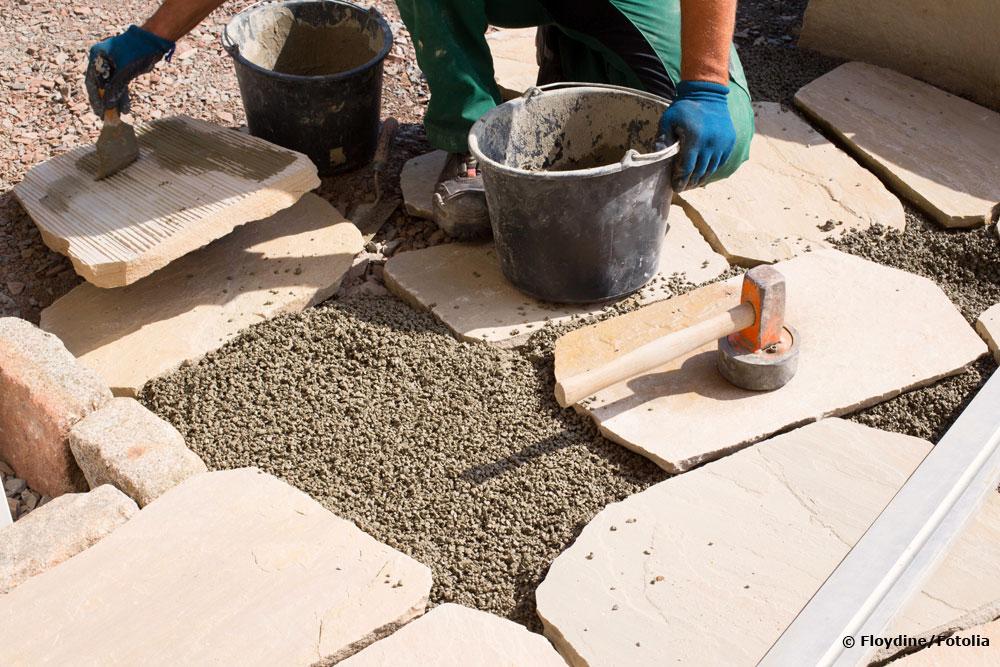 Terrassenplatten auf Splitt verlegen