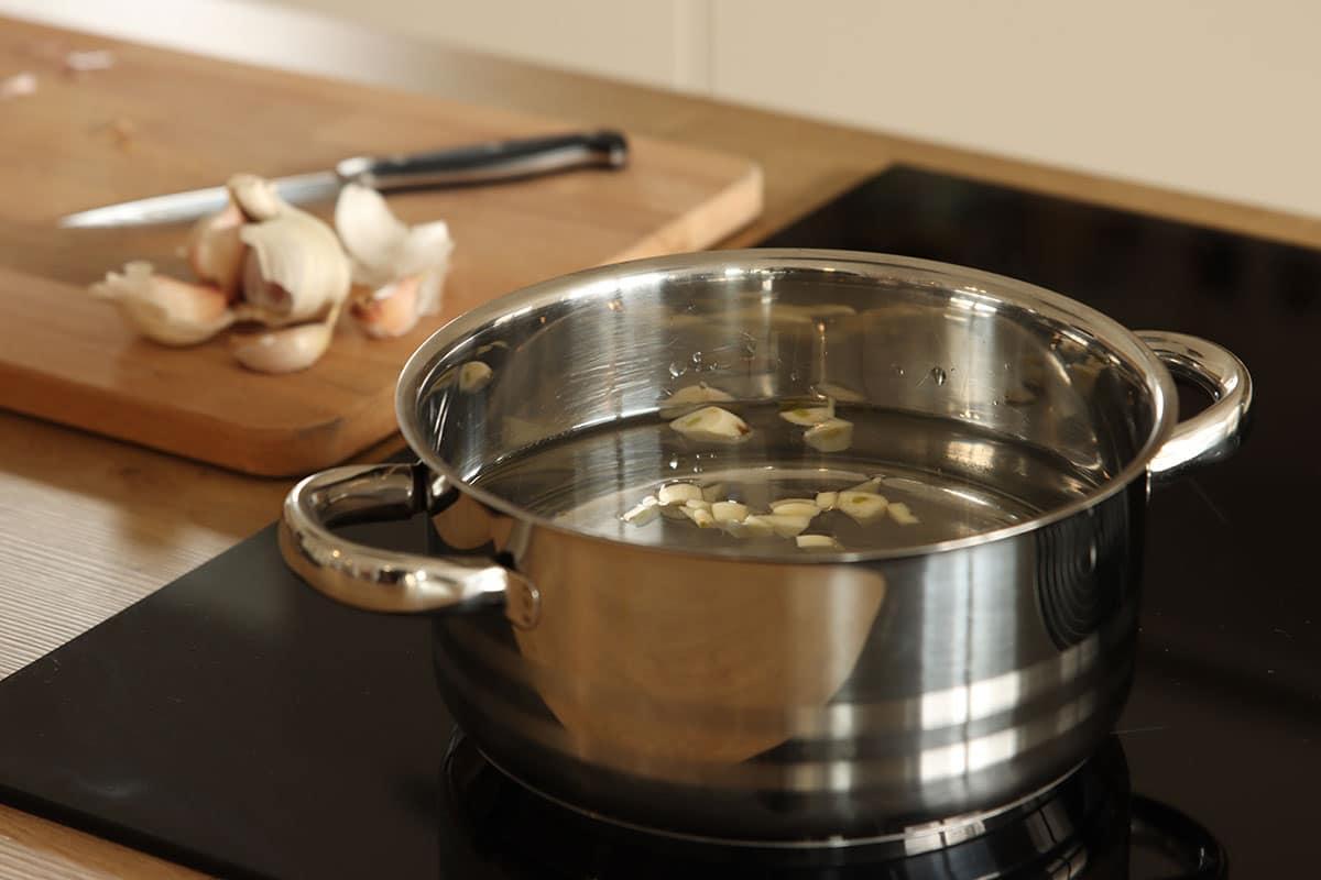 Knoblauch kochen