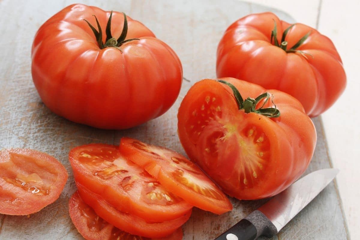Gemüse mit A: Acme tomato