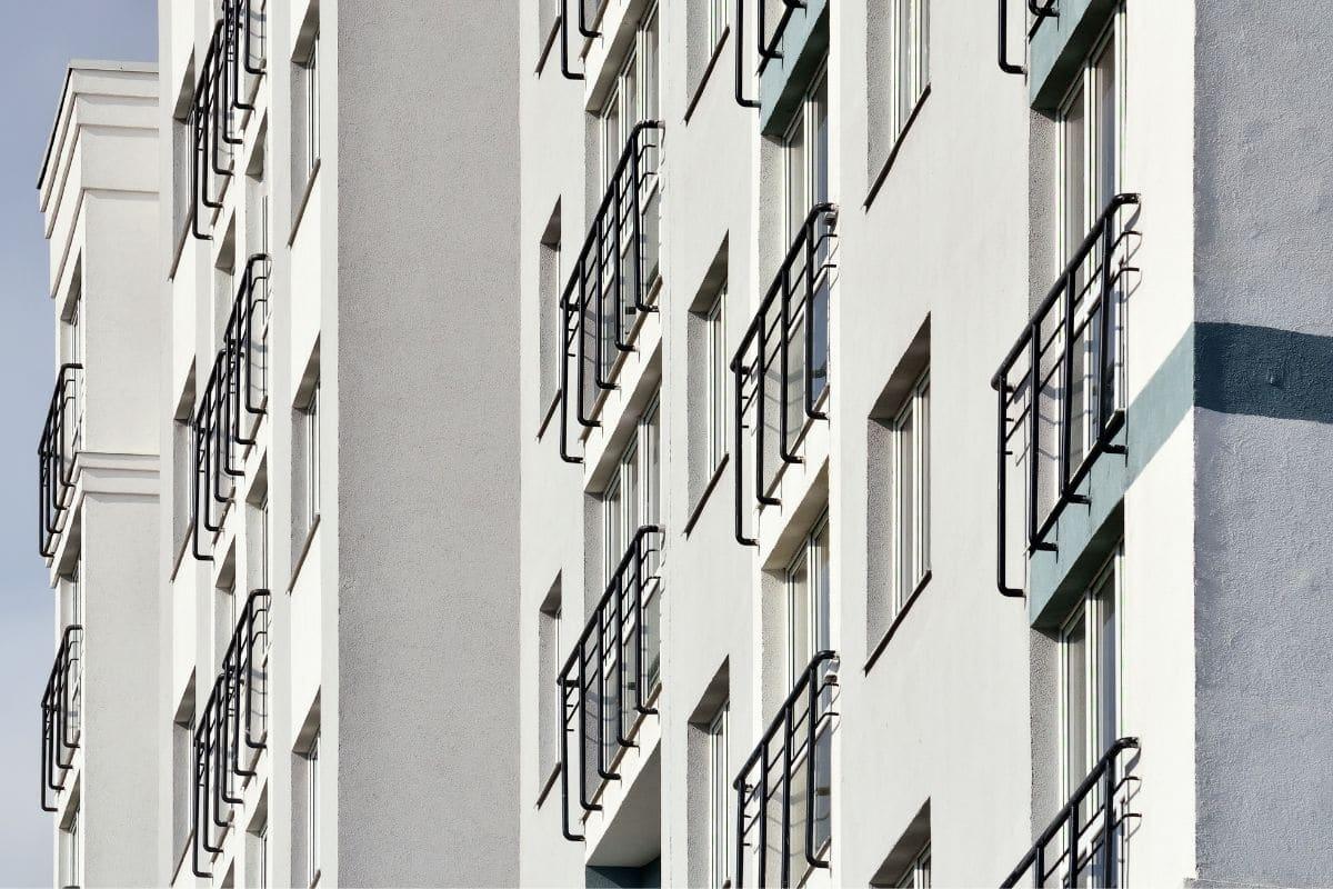 moderne französische Balkone